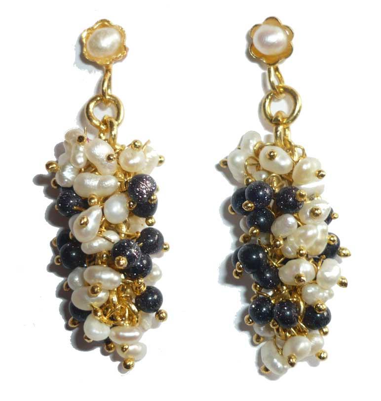 boucle d'oreille perle et black star